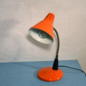 Lampe poser orange bindies for Grosse lampe a poser