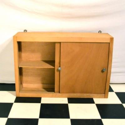 Petite étagère en bois