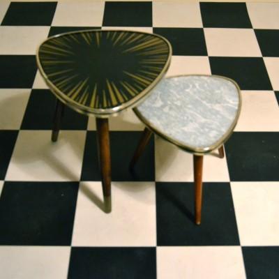 Mini tables tripodes