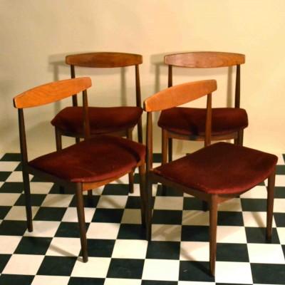Série de 4 chaises scandinaves rouges