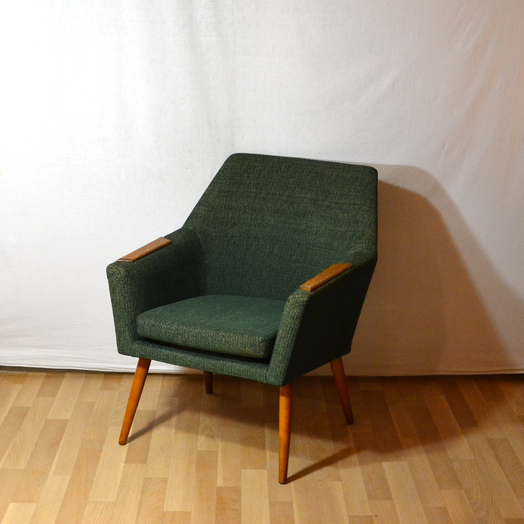 best fauteuil ann e 50 contemporary. Black Bedroom Furniture Sets. Home Design Ideas