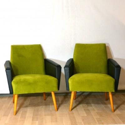 Deux fauteuils sixties