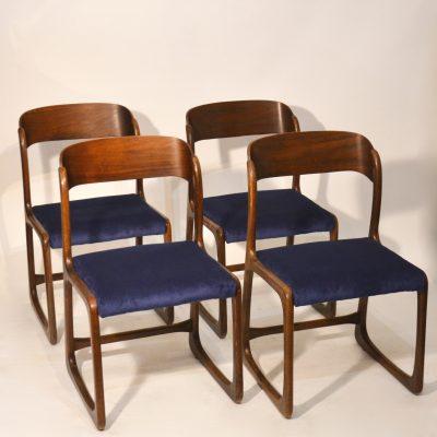 Série de 4 chaises traineau Baumann