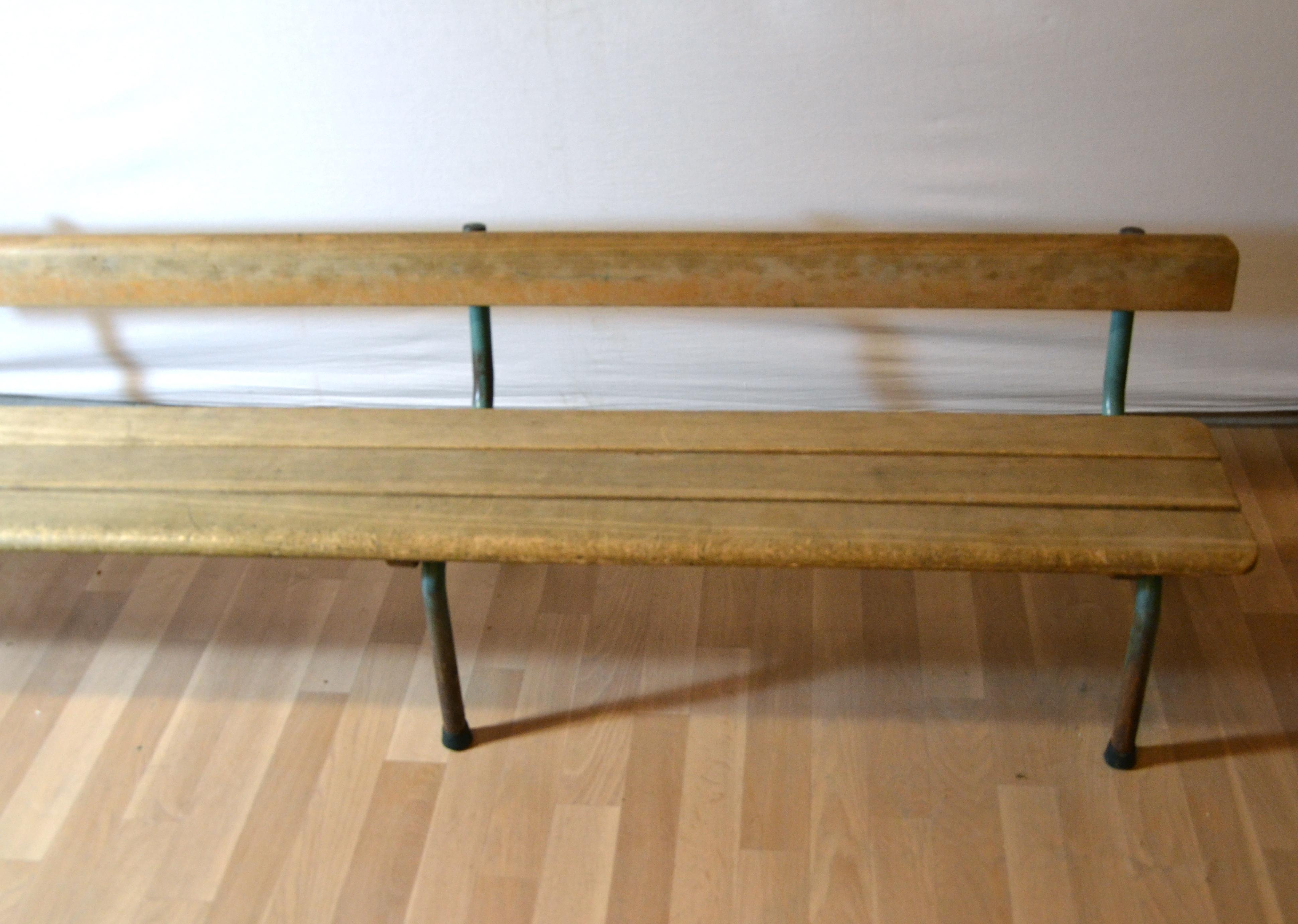banc enfant. Black Bedroom Furniture Sets. Home Design Ideas