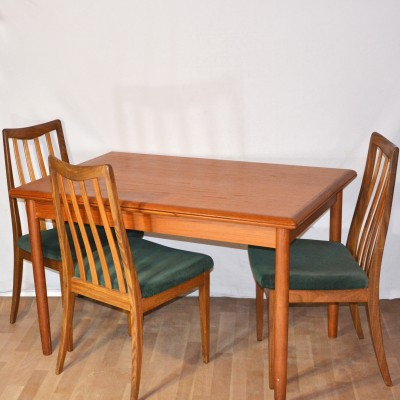 Table à manger scandinave