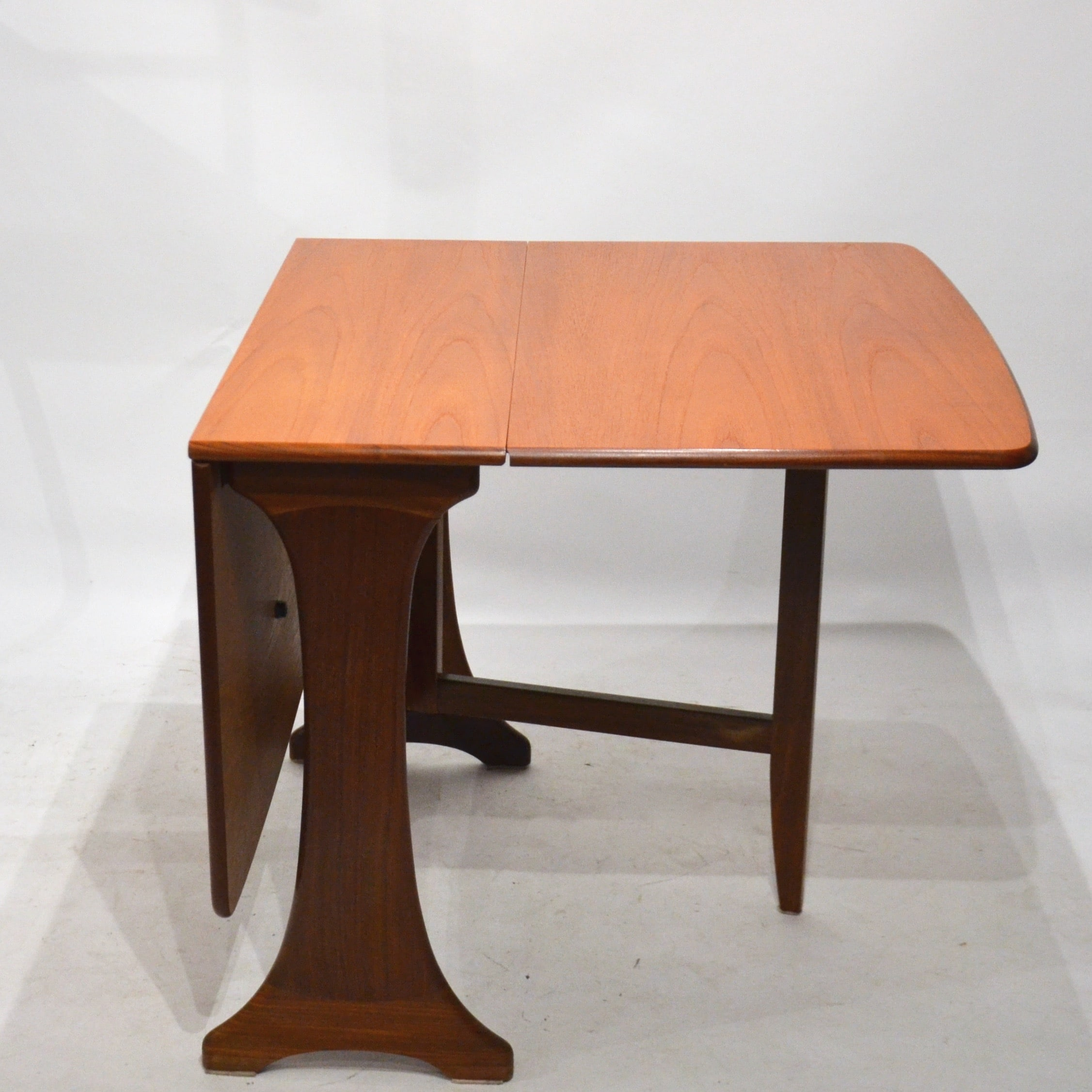 Table manger modulable scandinave bindiesbindies - Table a manger modulable ...