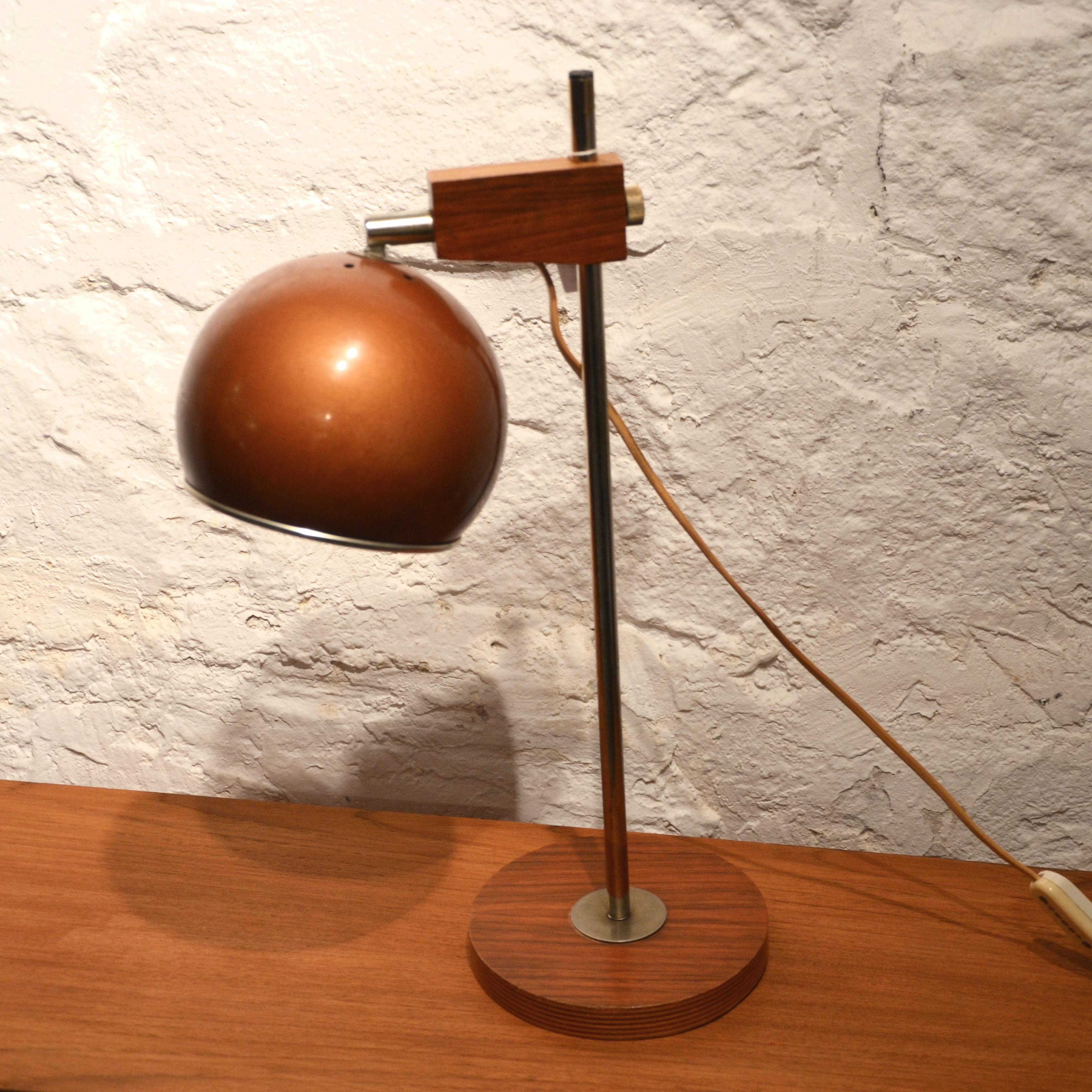 lampe poser ann es 70 bindiesbindies. Black Bedroom Furniture Sets. Home Design Ideas