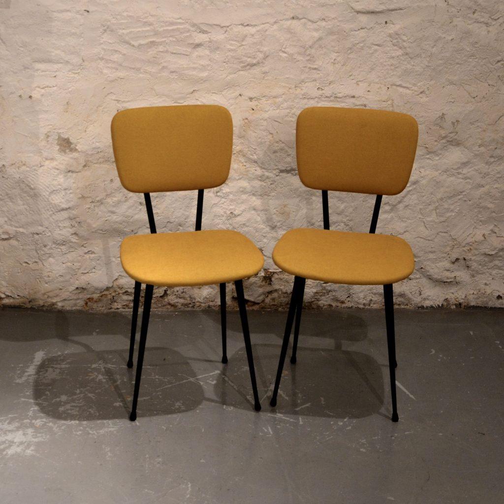 chaises ann es 60 jaunes moutarde bindiesbindies. Black Bedroom Furniture Sets. Home Design Ideas