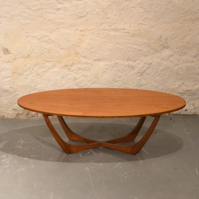 Table basse scandinave ovale