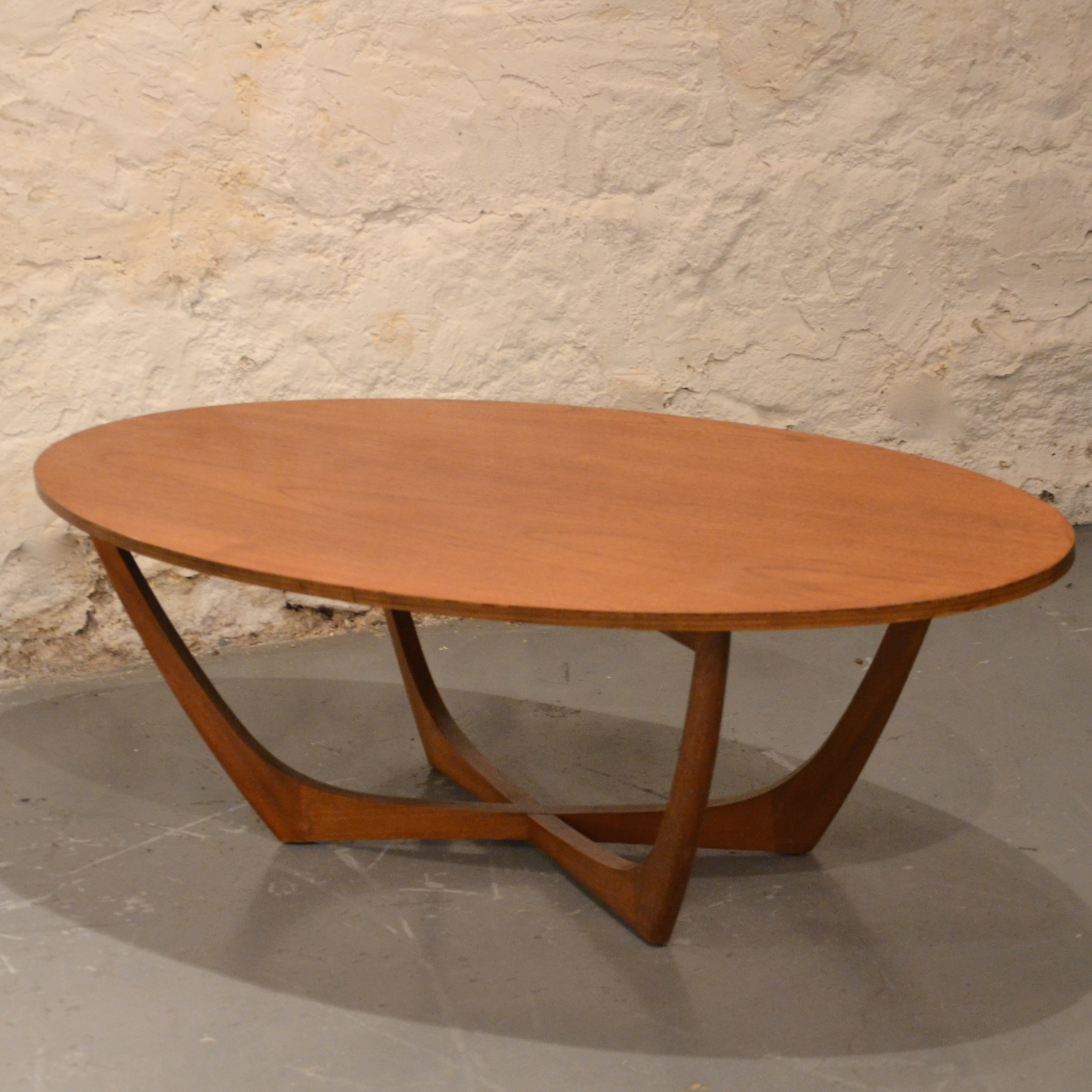 Table basse scandinave ovale bindiesbindies - Table basse ovale scandinave ...