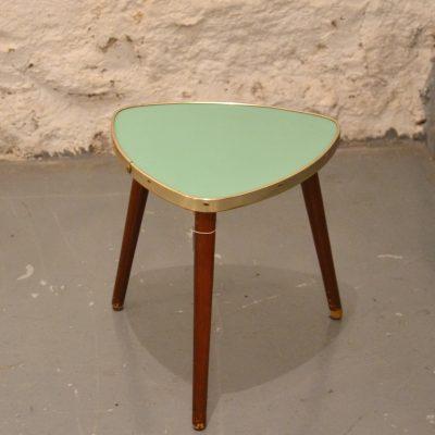 Minis tables tripodes
