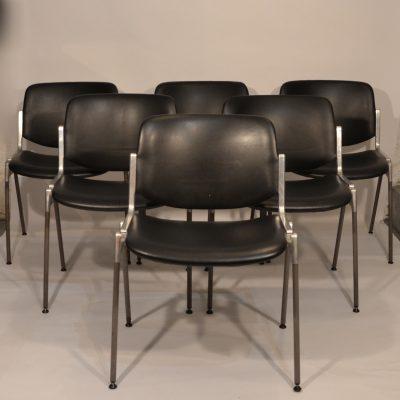 Chaises Castelli noires