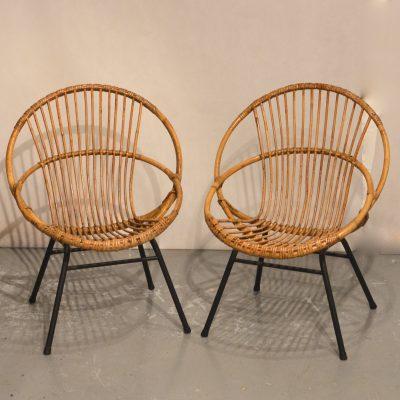 Paire de fauteuils corbeille en rotin