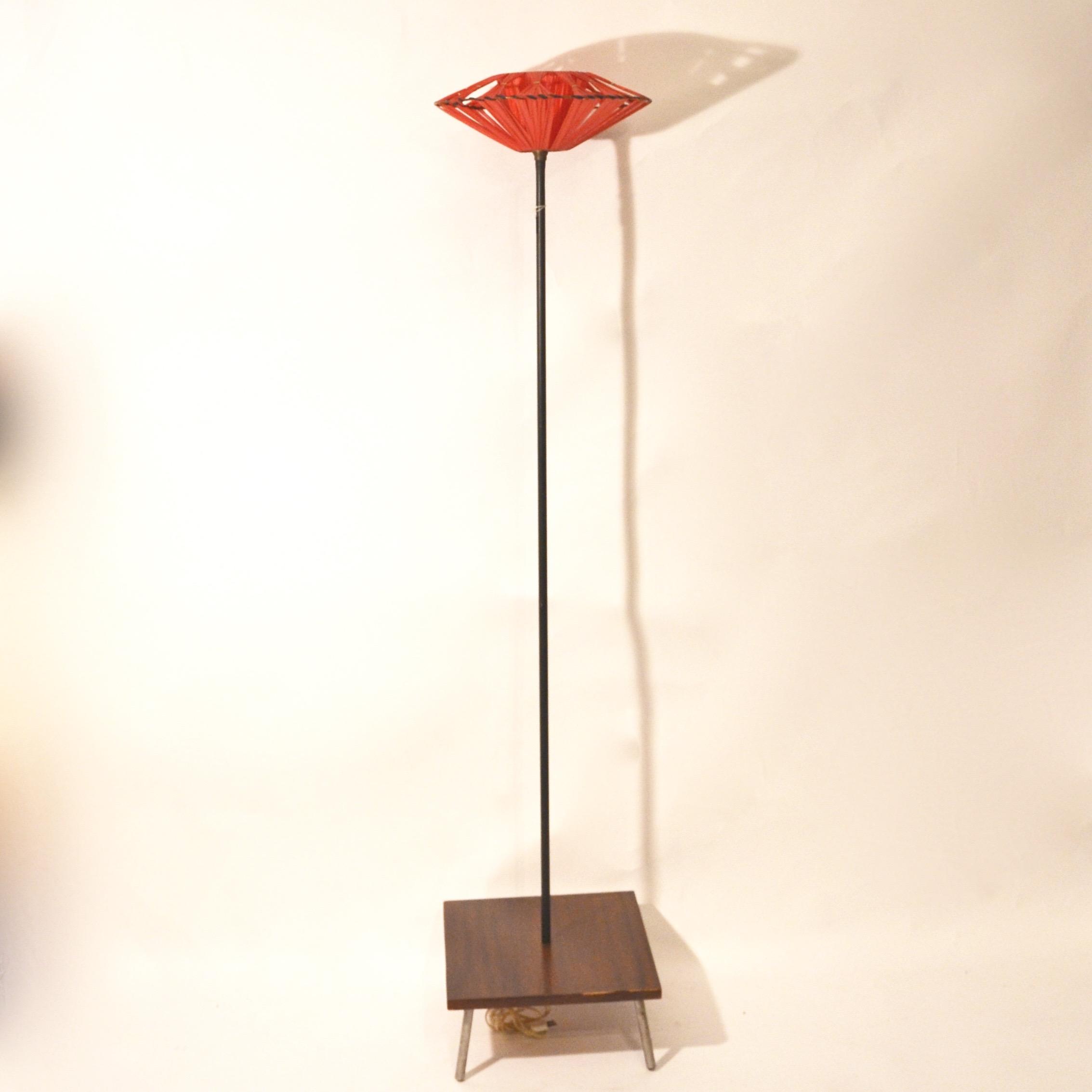 lampadaire ann es 60 avec sa tablette bindiesbindies. Black Bedroom Furniture Sets. Home Design Ideas