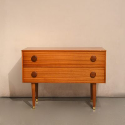 Petite commode scandinave
