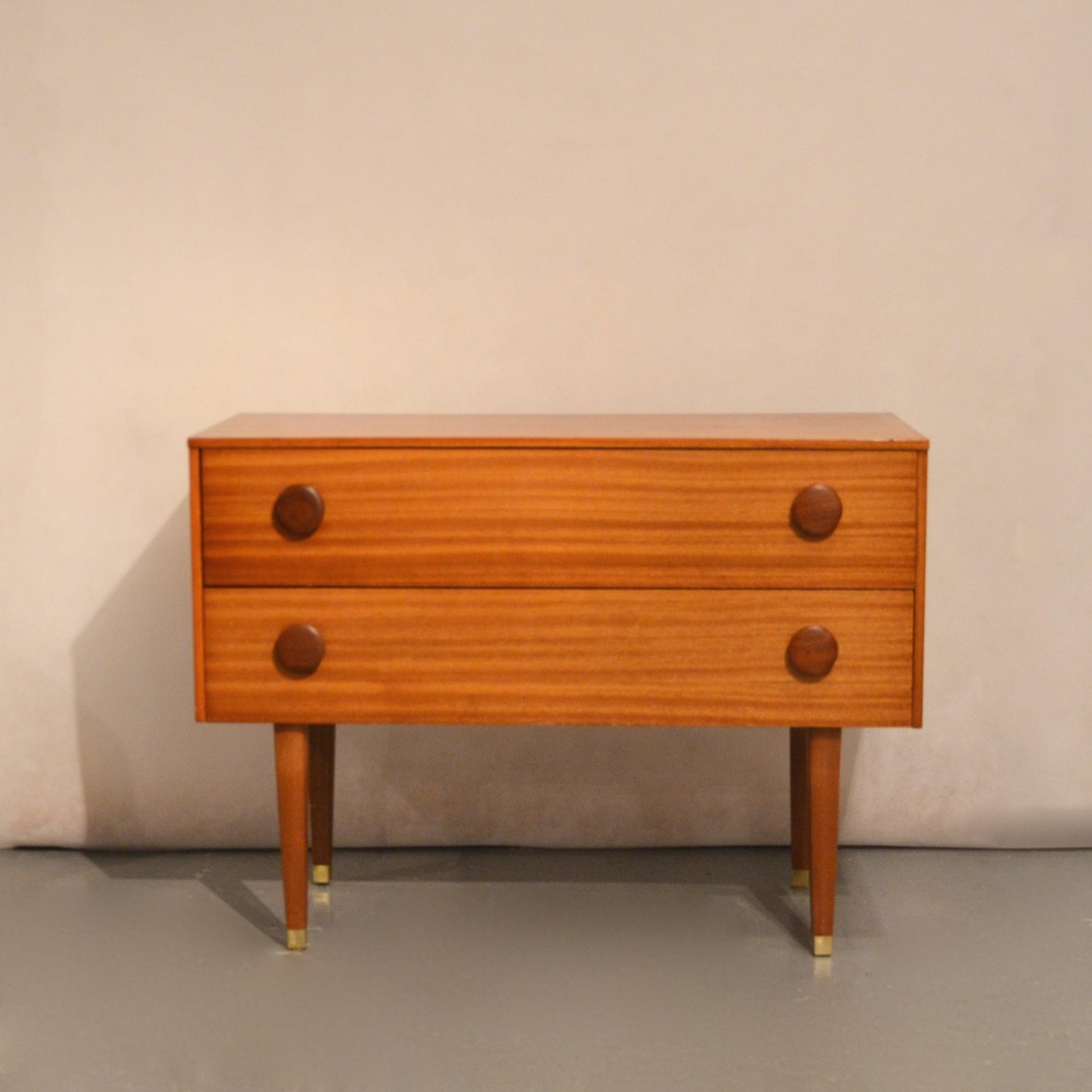 petite commode scandinave bindiesbindies. Black Bedroom Furniture Sets. Home Design Ideas