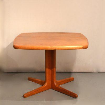 Petite table à manger danoise années 60