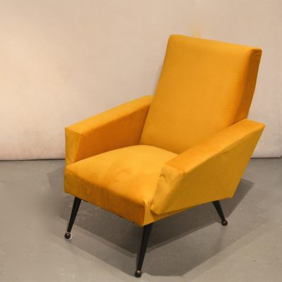 Fauteuil sixties moutarde