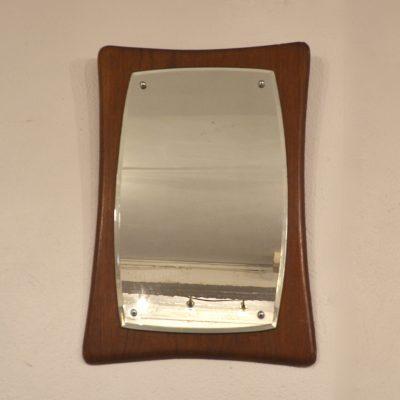 Miroir scandinave de forme originale