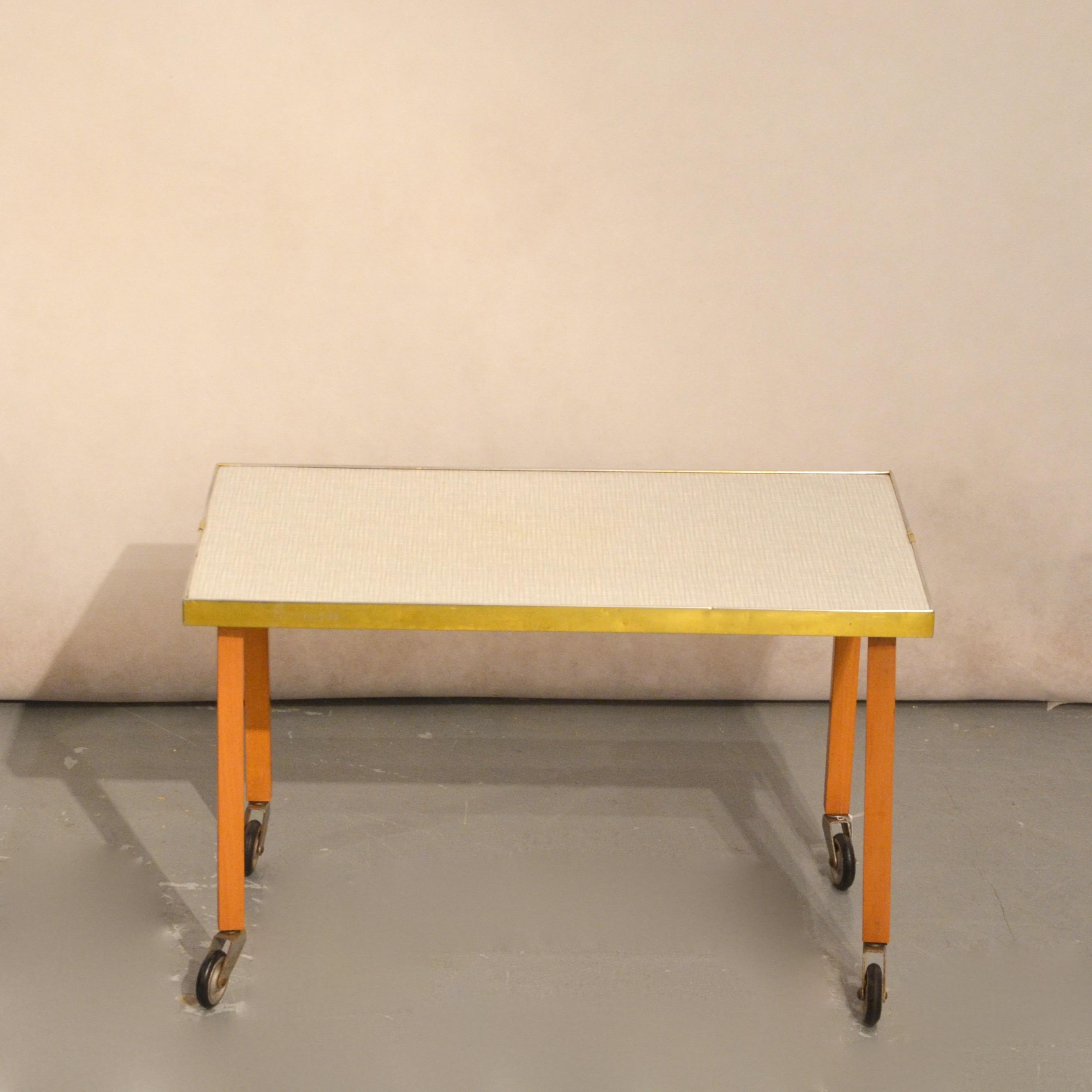 Petite Table D Appoint Roulettes Bindies