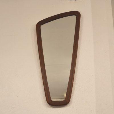 Miroir scandinave de forme libre