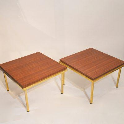 Tables basses carrées années 60