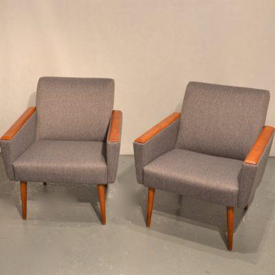 Paire de fauteuils cubiques (petits)