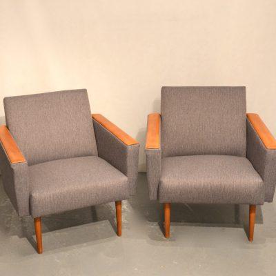 Paire de fauteuils cubiques (gros)