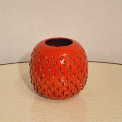 Vase boule rouge