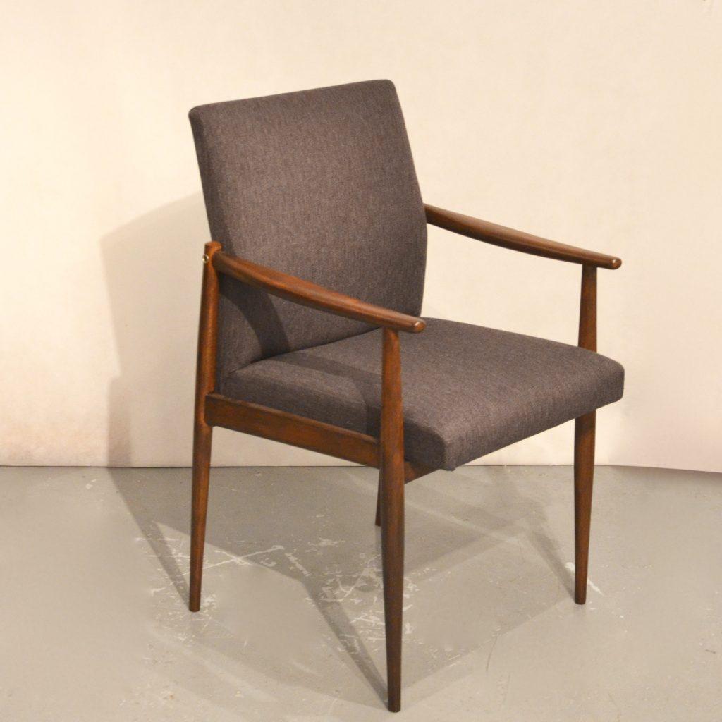 fauteuil scandinave retapiss bindiesbindies. Black Bedroom Furniture Sets. Home Design Ideas