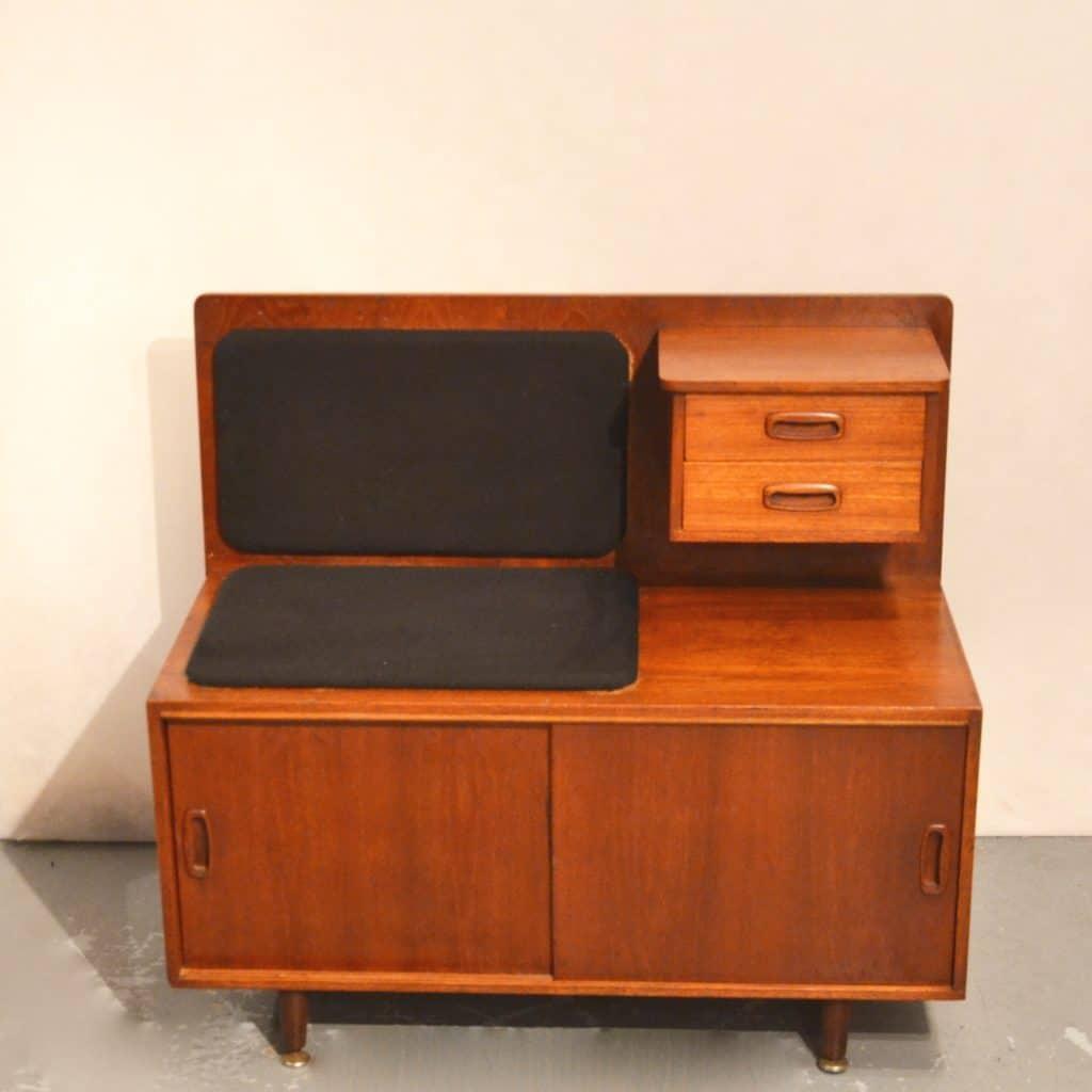 meuble t l phone scandinave bindiesbindies. Black Bedroom Furniture Sets. Home Design Ideas