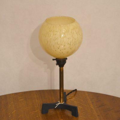 Lampe à poser boule années 50