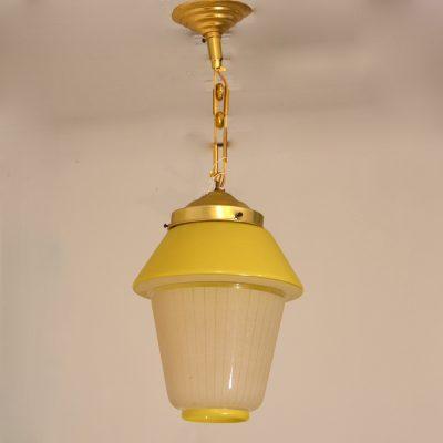 Petite suspension en verre jaune