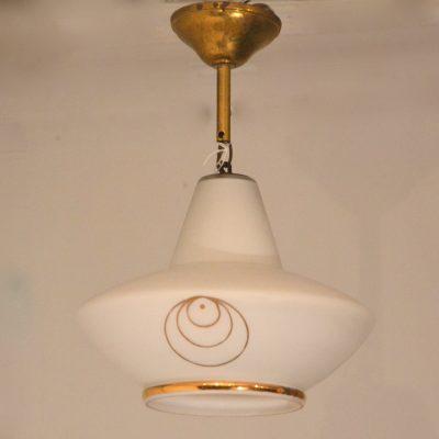 Suspension en verre blanche et dorée