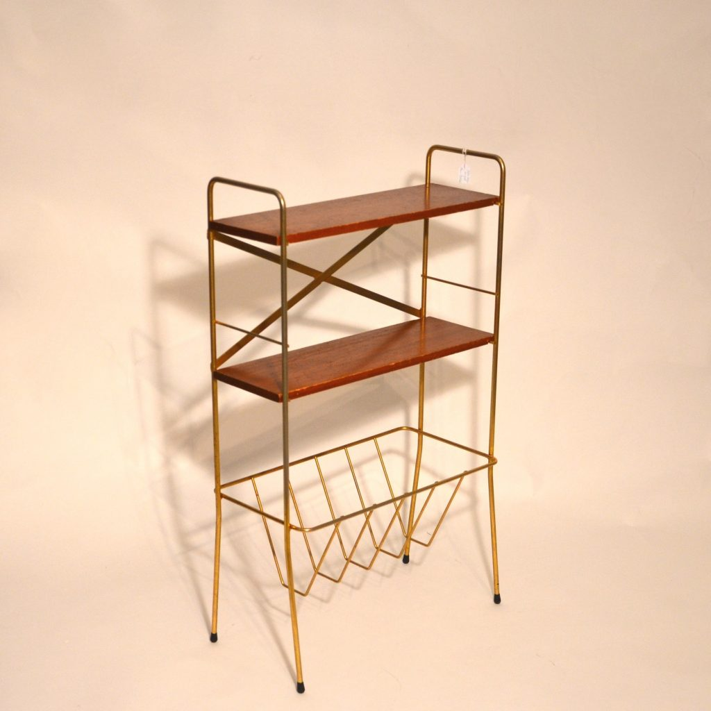 petite tag re sur pied ann es 60 bindiesbindies. Black Bedroom Furniture Sets. Home Design Ideas