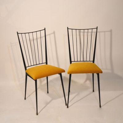 Paire de chaises Colette Gueden retapissées