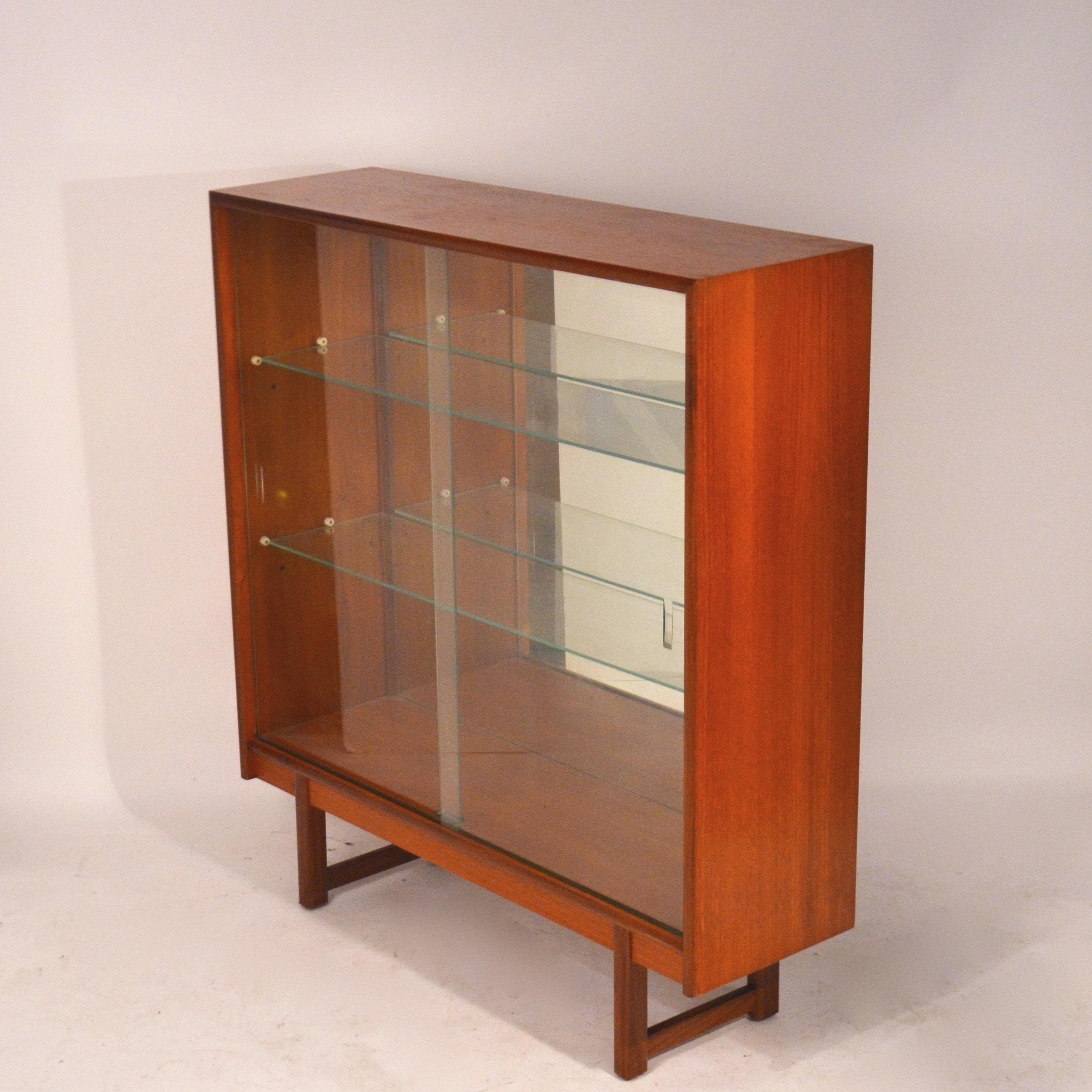 biblioth que vitrine ann es 60 bindiesbindies. Black Bedroom Furniture Sets. Home Design Ideas