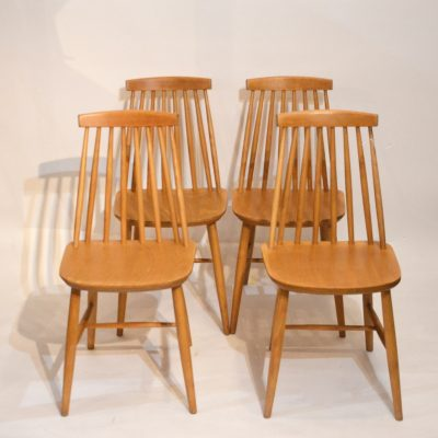 Série de 4 chaises scandinaves blondes