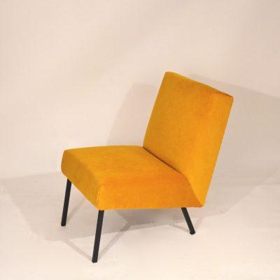 Chauffeuse moderniste velours jaune