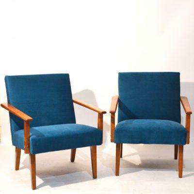 Paire de fauteuils soviétiques retapissés