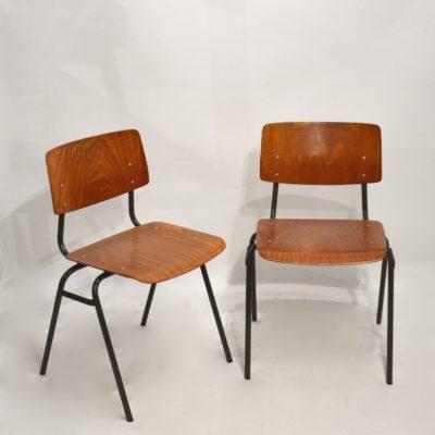 Paire de chaises d'école hollandaises