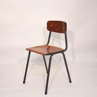Petite chaise d'école hollandaise
