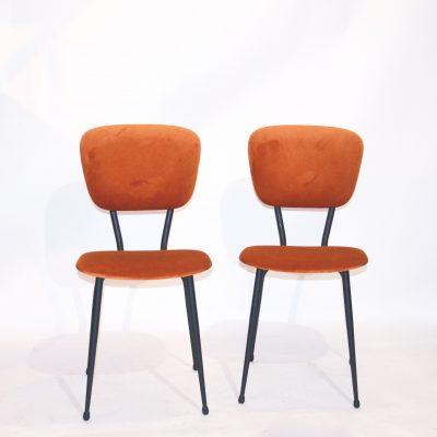 Paire de chaises années 60 velours orange