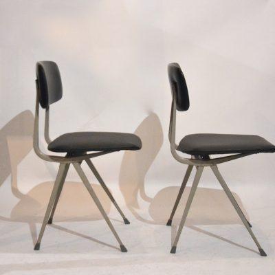 Paire de chaises Friso Kramer skaï noir