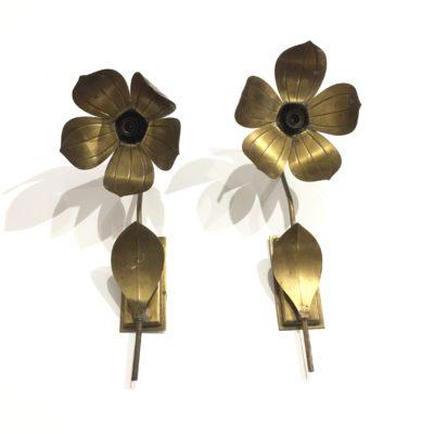 Paire d'appliques fleurs dorées