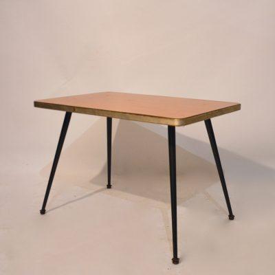 Petite table basse années 50