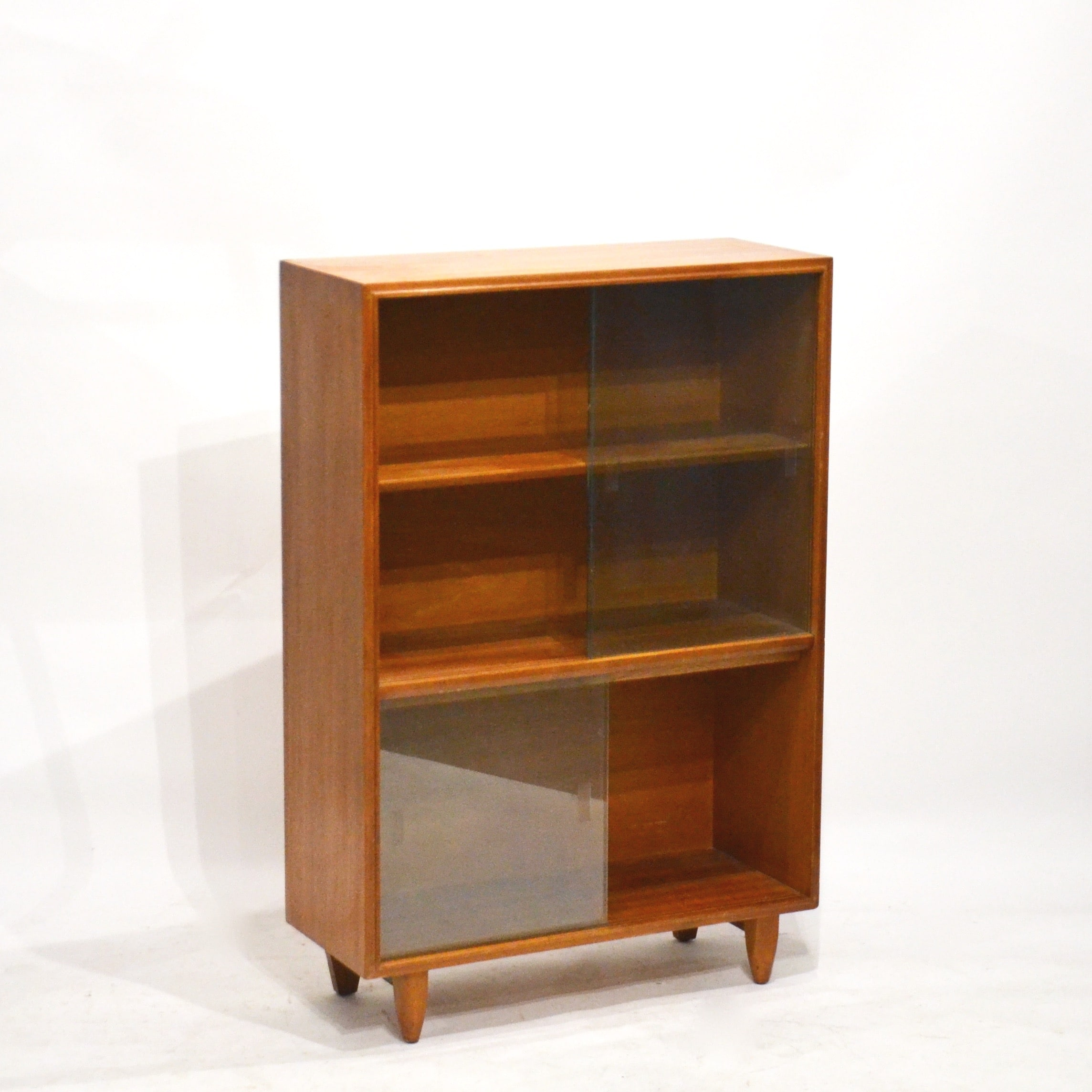 petite biblioth que vitrine ann es 60 bindiesbindies. Black Bedroom Furniture Sets. Home Design Ideas