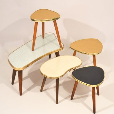 Mini tables tripodes triangles et haricots