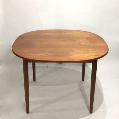 Petite table à manger scandinave avec rallonge