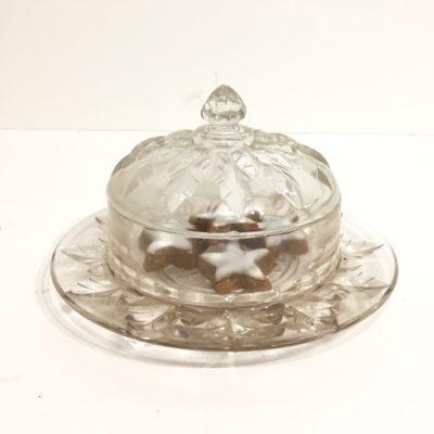 Cloche à gâteaux en verre